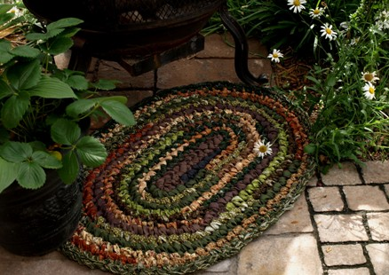 Colonial Green Variegated Rag Rug Kit
