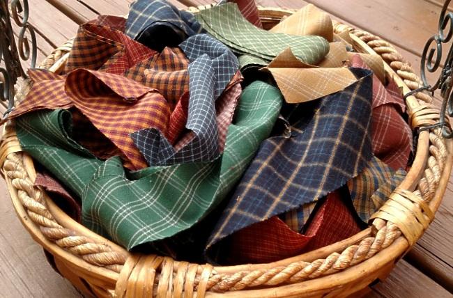 VINTAGE HOMESPUN  Weaving Bag of Rags!